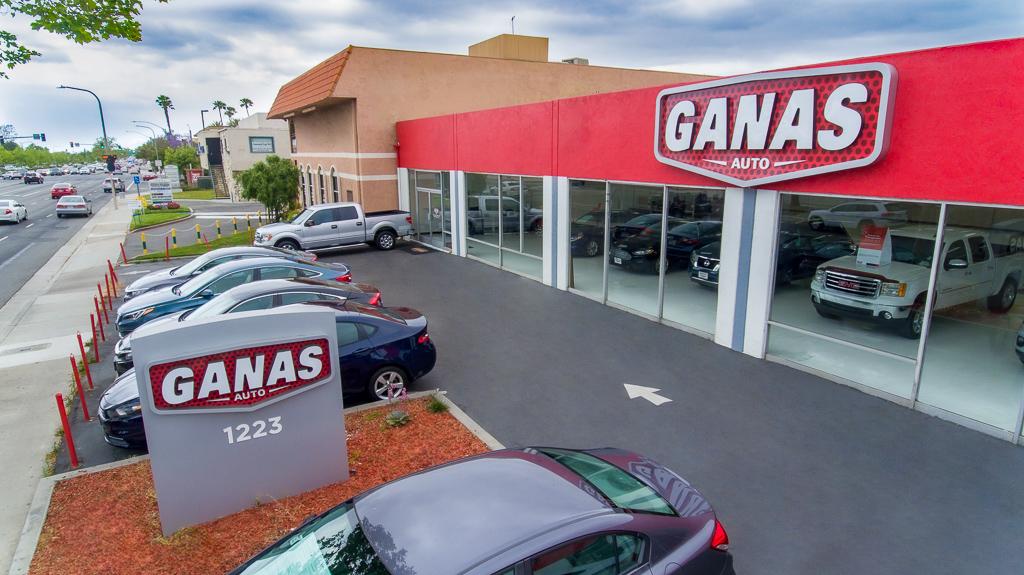 Ganas Auto Santa Ana, Santa Ana